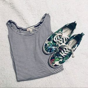 Zenana Outfitters Small Striped Dolman T-shirt Top